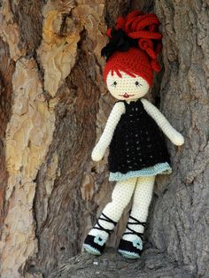 Love this beautiful amigurumi doll! Knitted Dolls, Crochet Dolls, Knit Crochet, Realistic Dolls, Sewing Dolls, Valentine Day Love, Amigurumi Doll, Crochet Animals, Stuffed Toys Patterns