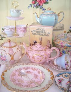 tea cups | ... or Mad Hatter Tea Party ~ Mismatched China ~ Tea Cup Cake Stands