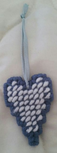 Colonial Blue/White Heart