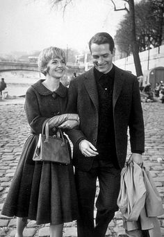 Paul Newman et sa femme Johanne à Paris sur les quai devant Notre-Dame de Paris © Photo sous Copyright