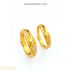 New Arrivals - Latest gold and diamond jewelry collection Gold Finger Rings, Gold Rings, Gemstone Rings, Indian Gold Jewellery Design, Jewelry Design, Diamond Jewelry, Gold Jewelry, Couple Rings, Anniversary Rings