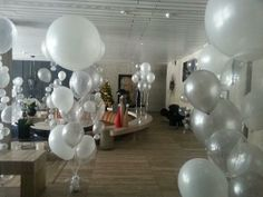 The Great GATSBY inspired helium arrangements in Pearl White, Silver and Crystal Clear at Sydney's Ivy Penthouse :)