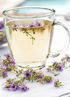 Thyme Tea, Fresh Thyme, Different Types Of Tea, Time Photography, Flower Tea, Tea Art, My Tea, Afternoon Tea, Hot Chocolate