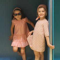 En Teckel Green, este verano los vestidos son los protagonistas, con media manga y estampado geométrico en colores vivos como el naranja. Más en www.yosolito.es