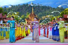 Thailand Destinations, Fashion, Moda, Fashion Styles, Fashion Illustrations
