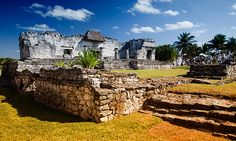 Mayan ruins of Tulum by DolliaSH, via Flickr
