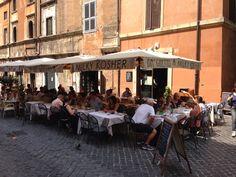 jewish cooking with mediterranean twist in roman ghetto; Ba'' Ghetto in Roma, Lazio
