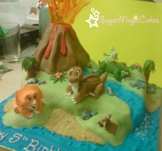 The land before time cake ♡