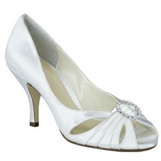 81266999f6f 33 Best Wedding shoes images