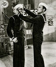 Gene Kelly and Franck Sinatra a bromance even before there was such a thing