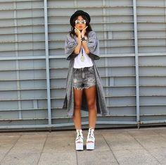 Zara Kimono, Yru Platform, Hermès Collier De Chien Bracelet