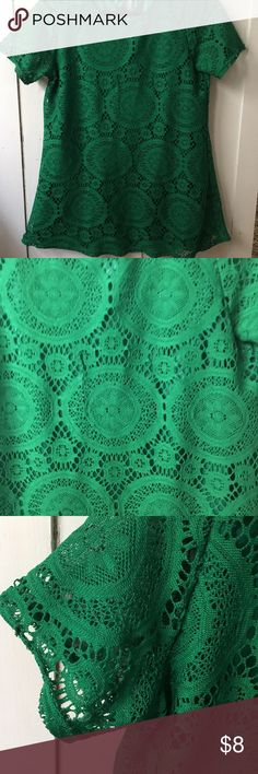 Lace top Green lace top Fits as med/large Tops Blouses