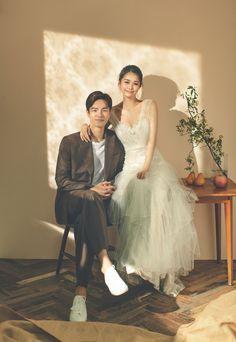 Korean Wedding Photography, Girl Photography Poses, Pre Wedding Poses, Pre Wedding Photoshoot, Korean Photoshoot, Casual Wedding, Wedding Designs, Formal, Wedding Dresses