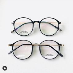 Cute Glasses Frames, Cool Glasses, New Glasses, Korean Glasses, Circle Glasses, Glasses Trends, Lunette Style, Fashion Eye Glasses, Ocelot