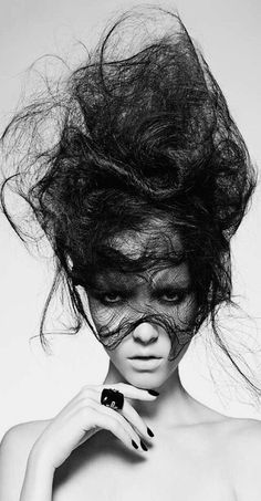 A long black straight wispy messy sculptured avant-garde hairstyle by Hooker Young: garde hair Creative Hairstyles, Up Hairstyles, Straight Hairstyles, Avant Garde Hairstyles, Headband Hairstyles, Crazy Hair, Big Hair, Vegetal Concept, Photoshoot Idea