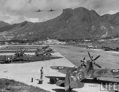 This Hong Kong Kai Tak Royal Air Force Station was opened in 1927 & was used for seaplanes. The RAF flight operated a few land-based aircraft as well as having spare aircraft for naval units. This photo was probably taken in the Old Pictures, Old Photos, Kai Tak Airport, History Of Hong Kong, British Hong Kong, China Hong Kong, Dragon City, Vintage Photographs, Vintage Photos