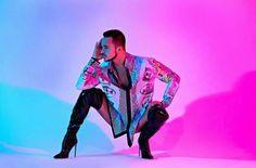 - Shirt - Shoes 📸 Photography I highly recommend him! Tomboy Girl, Tomboy Look, Mode Alternative, Alternative Fashion, Bender Costume, Yanis Marshall, Tomboy Fashion, Mens Fashion, Men In Heels