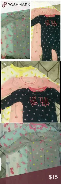 """Baby Girl's 6-9 Months Footed Sleeper Pajamas Lot 6 """"Child of Mine"""" by Carter's pajamas, footed zip and button up sleepers lot.   Pajamas are pre loved with much more life left. Please check out our other clothing items and more♡ Ships Same working day before 4 pm pacific time (Mon-Fri) Please Contact me with any questions. Thanks Carter's Pajamas Pajama Sets"""