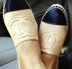Chanel espadrilles, up close! ...now go forth and share that BOW  DIAMOND style ppl! Lol. :-) xx