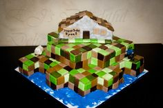 awesome+birthday+cake | close-up of Ryan's personal house cake. I hope that zombie in the ...