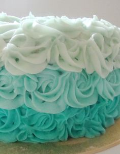 Whiteout Ombre Cake