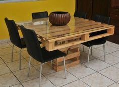 There are different pallet table plans for your living and drawing rooms. You can make the pallet tables with the planks of wood available in your home or you Wood Pallet Tables, Pallet Dining Table, Diy Pallet Furniture, Cheap Furniture, Furniture Ideas, Palet Table, Bed Table, Chair Bed, Palette Furniture