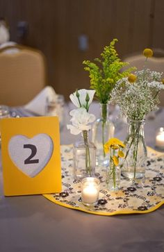 floral print, ruffles, diy, centerpieces, decor, decorations, flowers, table, tables, tablescapes, yellow