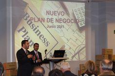 Amadeo Piqué y Juan Simón Cardoso expusieron la historia y trayectoria de la empresa.