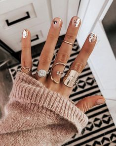 T G I F my friends Boy am I glad to see the weekend Popped into stellaandshay Westlake this morning for a quick manicure and Winter Nail Designs, Winter Nail Art, Winter Nails, Neutral Nail Designs, Short Nail Designs, Minimalist Nails, Cute Nails, Pretty Nails, Fancy Nails