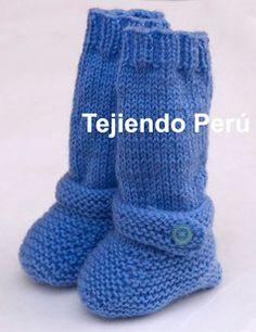 Cómo tejer botitas largas en dos agujas o palitos para bebés 1087c9a78a2