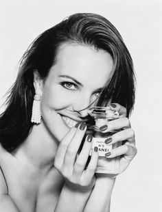 1996 - Carole Bouquet, photographed by Patrick Demarchelier for CHANEL N°5 advertising campaign in 1996.