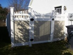 Another cute backyard fence!!