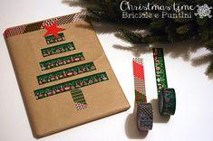 """""""S'io fossi il mago del Natale farei spuntare un albero di Natale in ogni casa, in ogni appartamento dalle piastrelle al pavimento."""" [Gianni Rodari] Non c'era una frase migliore per la finestrella di Avvento Creativo di questo giorno dell'Immacolata, che molti di noi tradizionalmente dedicano all'albero di Natale. Io ho iniziato anche ad incartare i primi regali: per alcuni (li avete visti su Facebook e Instagram) ho utilizzato le tag…"""