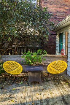 Chris & Meg's Darling City Cottage in Toronto