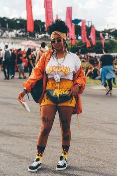 Outfit 2018 # thrasher à roulette du skate ou meurs de la planche à roulettes Coachella Festival, Festival Outfit 2018, Music Festival Outfits, Music Festival Fashion, Festival Lollapalooza, Plus Size Festival Outfit, Casual Festival Outfit, Fashion Music, Concert Outfits