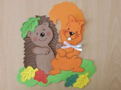 ježkovia z papiera - Hľadať Googlom Tweety, Winnie The Pooh, Disney Characters, Fictional Characters, Decor, Dekoration, Decoration, Dekorasyon, Home Improvements