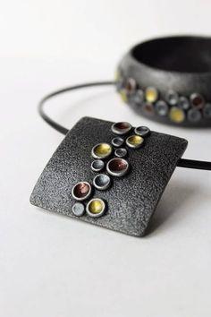 Polymer Clay Pendant Bracelet Jewelry Set Round Silver