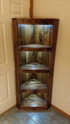 rustic illuminated corner shelf made from reclaimed lumber Bedroom Furniture Redo, Diy Pallet Furniture, Rustic Furniture, Furniture Nyc, Cheap Furniture, Rustic Corner Shelf, Corner Shelves, Wood Shelves, Wooden Pallet Projects