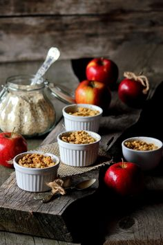 Jabłka zapiekane pod owsianą kruszonką Chocolate Fondue, Food And Drink, Blog, Diet, Blogging