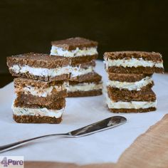 Zebras, rye bread sandwiches- English recipe - Creamy, full of flavor and easy to make: Zebras ie rye bread sandwiches. Nice to take along as a snack or to serve a high tea. Stuffed with salmon cream cheese and cucumber cream cheese.