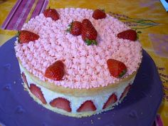Fraisier au mascarpone léger comme une mousse Strawberry Shortcake Cheesecake, Strawberry Cakes, Cooking Chef, Cooking Time, Gateau Cake, Fancy Desserts, No Cook Meals, Food Inspiration, Cake Decorating