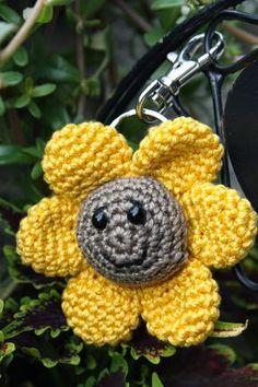 Jetzt Gratis Einen Schönen Schlüsselanhänger In Form Einer Blume