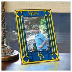 University of Delaware Picture Frame Vertical Art Glass Frame