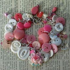 I want to make a button bracelet.