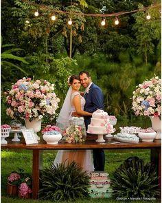 Bom dia!! Casamento rústico no campo dos lindos Gabriela e Felipe. Fonte: Berries and Love {@berriesandlove }
