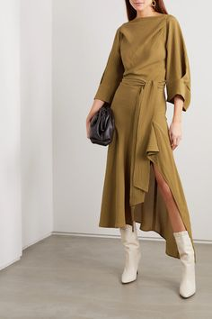 Petar Petrov - Amee open-back draped crinkled-silk midi dress Cute Lazy Outfits, Trendy Outfits, Fall Outfits, Silk Midi Dress, Draped Dress, Abaya Fashion, Fashion Dresses, Robes Midi, Haute Couture Fashion