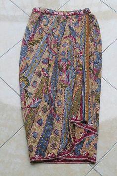 Xgrih Batik Kebaya, Batik Dress, Batik Fashion, Skirt Fashion, Model Rok, Model Kebaya, Oriental Fashion, Cute Skirts, Muslim Women