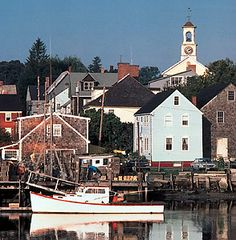 Imagine a walkable little town on the water in New England....