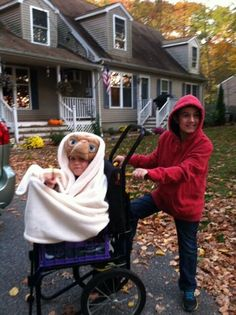 E.T. and Elliott costume #halloween