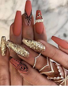 48 Charming Gold Nail Art Designs Ideas For 2019 Nail Desing 888 nail design mississauga on Gold Nail Polish, Gold Nail Art, Stiletto Nail Art, Gold Nails, Oval Nails, Nail Nail, Gold Glitter, Nail Glue, Black Nails